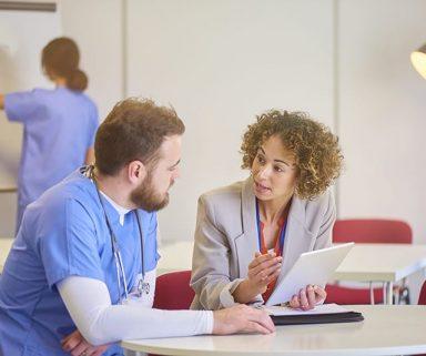 Das macht den Außendienst-Besuch wertvoll | Wie Sie dem Arzt Nutzen bringen können
