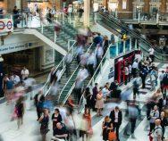 The Age of the Customer   Berücksichtigt Ihre Customer Journey die digitale Informationssuche?