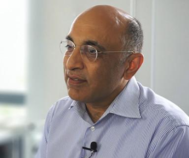 """""""Die Stärke von coliquio: Es lebt von seinen Usern""""   Dr. Vivek Lugani im Gespräch mit coliquio"""