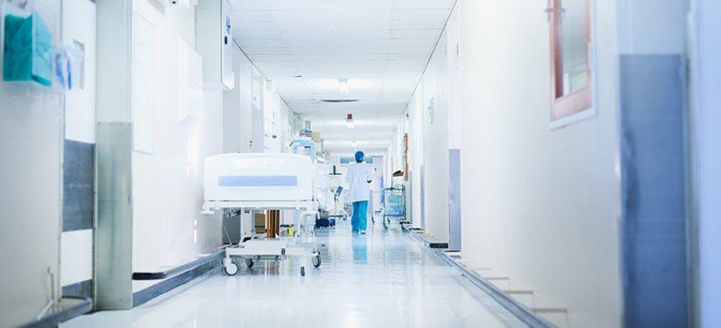 Kliniker erreichen: Außendienst, Web-Seminare & Co. | Ein Klinikarzt berichtet, wie er sich derzeit informiert